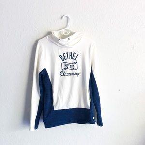 Tops - Bethel University Under Armor Sweatshirt